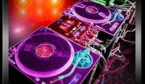 48d044e961484_featured_without_text_turntables-11