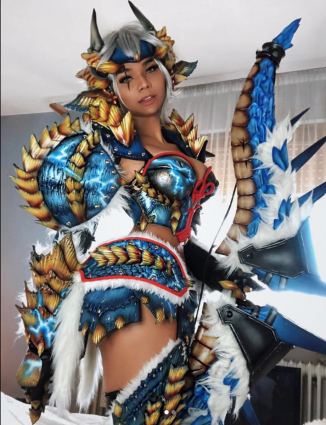Monster Hunter Cosplay Breathes Life Into Zingore Armor