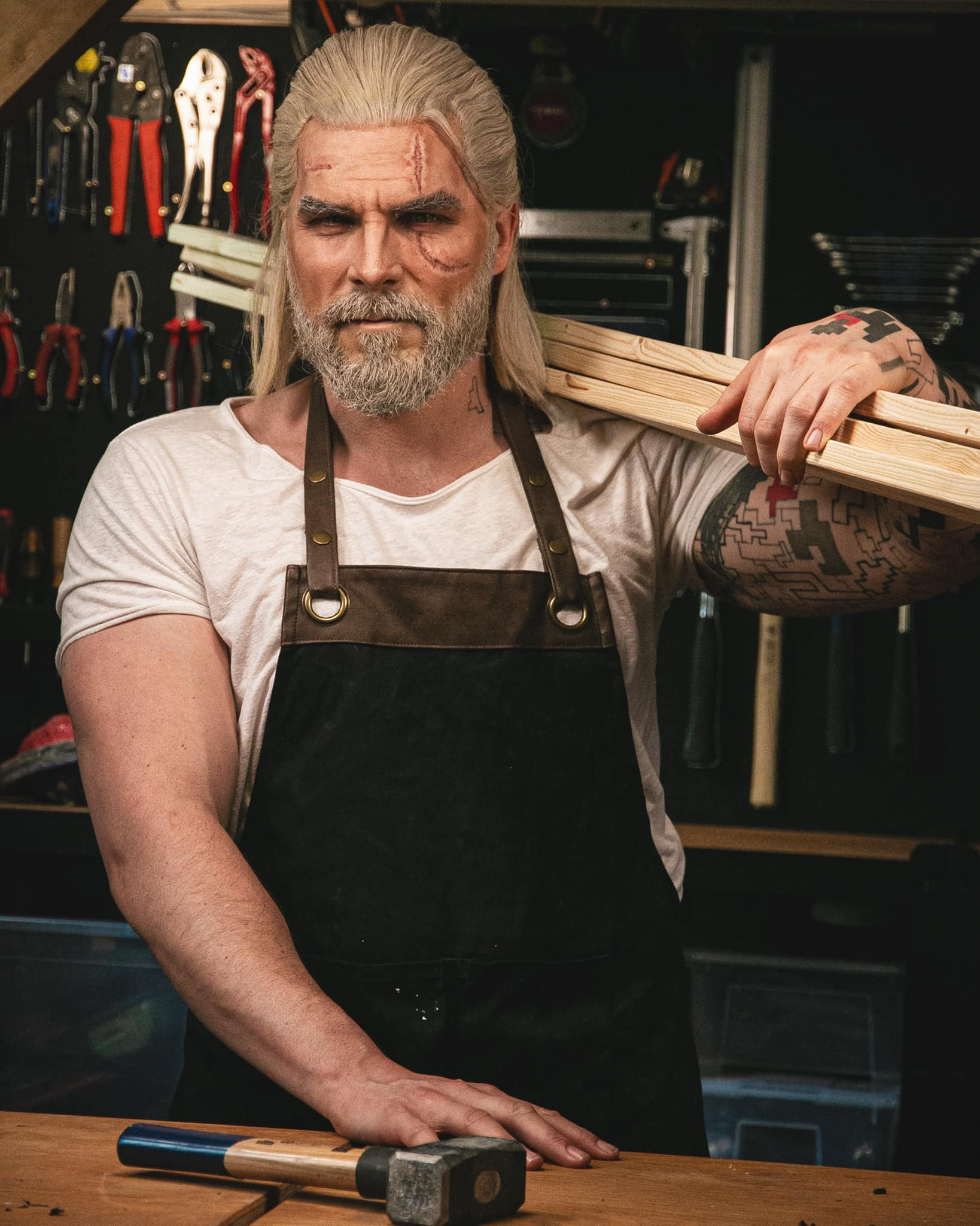 Maul Cosplay Geralt of Rivia The Witcher Carpenter
